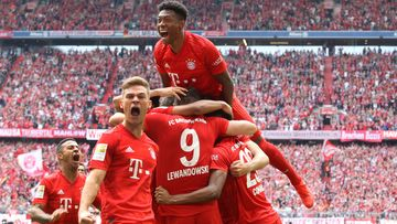 Image shows the rejoicing of Joshua Kimmich and David Alaba (Bayern).